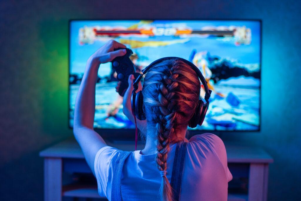 girl gaming